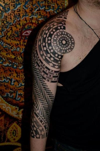 dotwork sleeve by matt black at divine canvas tattoo tattoo pinterest leinwandbilder. Black Bedroom Furniture Sets. Home Design Ideas