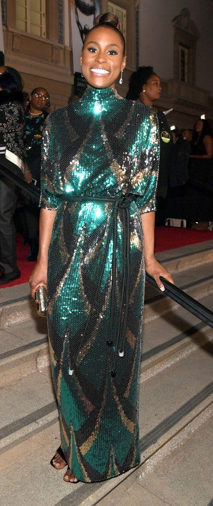 13b7db1e7df75 Issa Rae in Marc Jacobs attends the 49th NAACP Image Award.  bestdressed