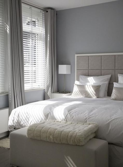 Raamdecoratie & kleuren voor in master bedroom | slaapkamer | jaloezieen | zonwering |  mooie lichtinval | gordijnen | rolgordijnwinkel | Rolgordijnwinkel.nl | www.rolgordijnwinkel.nl