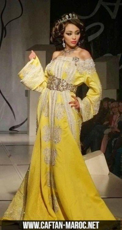 Caftan de mariage jaune pour mariée 2015, takchita col bateau pour mariée marocaine,robe de mariage jaune canari brodée et perlée.