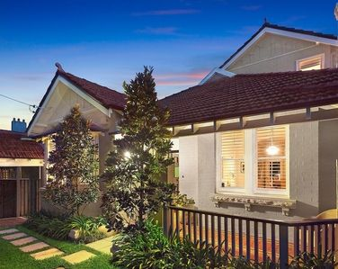 68 Spencer Road, Mosman - Sold by Scott Thornton