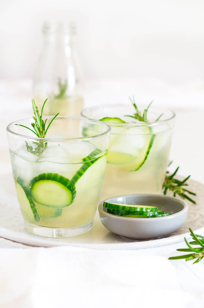Sometimes it is all about non-recipe recipes like this cucumber and rosemary infused ginger beer. Don't you just love these? It is one of those drinks that is absolutely perfect for entertaining.