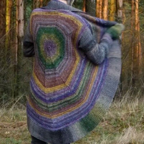kolorowy sweter w kuferart.pl
