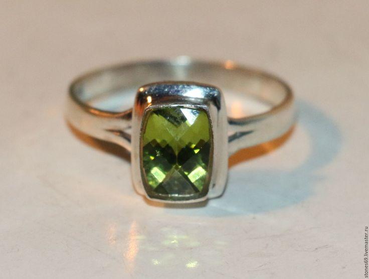 """Купить Кольцо""""БЛЕСК""""хризолит натуральный-оливин-перидот-серебро 925 %. - ярко-зелёный, кольцо с хризолитом"""