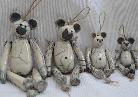 Sur commande: Petit ours en céramique Raku : Chambre d'enfant, de bébé par…                                                                                                                                                     Plus