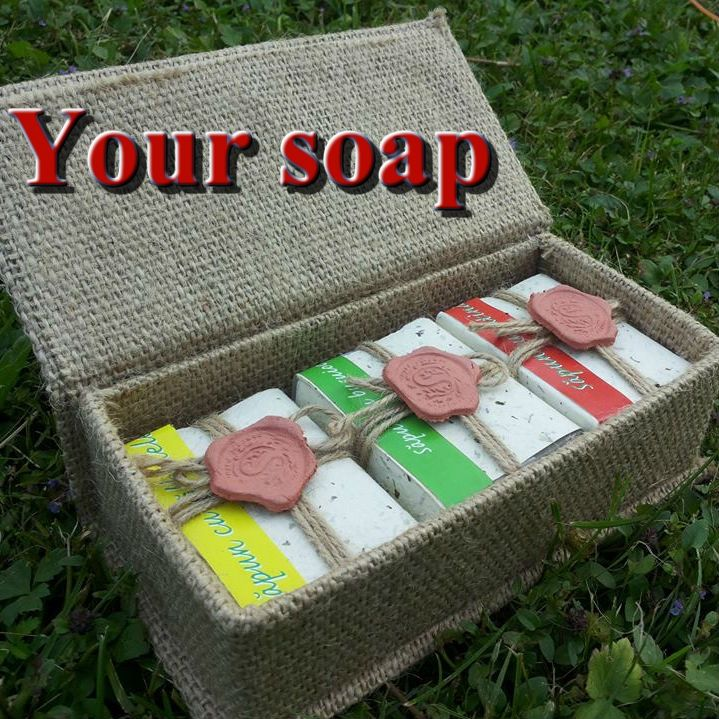 CREATE YOUR SOAP. Organic / BIO / 100% Natural soap with or without essential oils. We do not make soaps with NaOH (caustic soda), preservatives, parabens or any kind of chemical additives. Packaging is made of handmade paper impregnated with mint leaves, which acts as an antioxidant on the soap; tied with twine and sealed with a signet of clay. The packaging process is done manually.