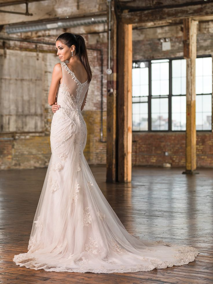 find vendor alexandria wedding dresses bridal shops