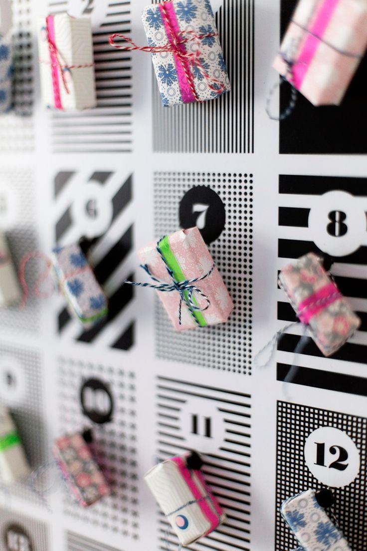 Kleine bunte Päckchen an unserem #DIY #Adventskalender. Danke #creatistoblogger Wiener Wohnsinn!