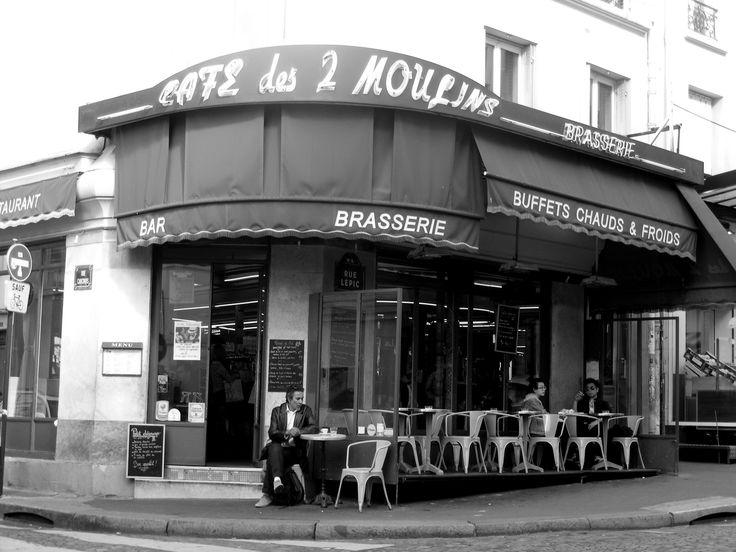 Café des Deux Moulins - Le Fabuleux Destin d'Amélie Poulain - Montmartre