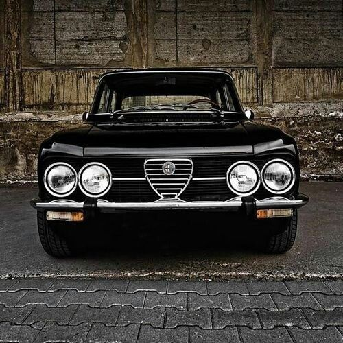 95 best images about alfa romeo giulia on pinterest cars sedans and italiandesign. Black Bedroom Furniture Sets. Home Design Ideas