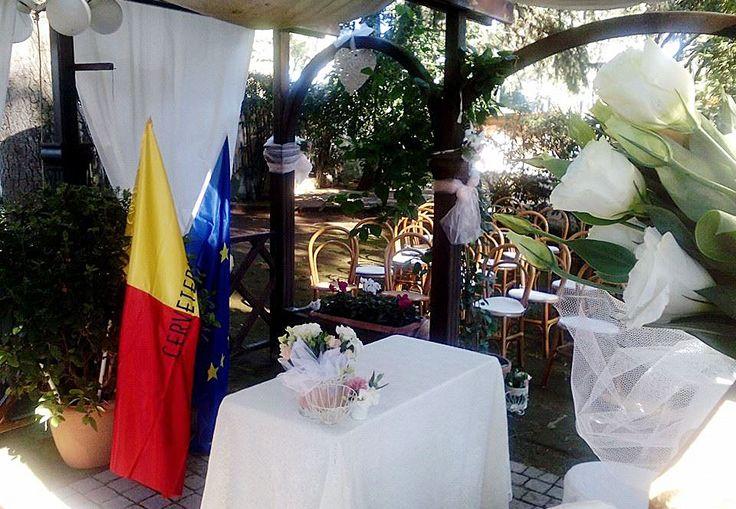 Villa Ceri ha ottenuto dal Comune di Cerveteri l'autorizzazione a effettuare il rito civile di matrimonio presso la location, con cerimoniere e funzionario di stato civile