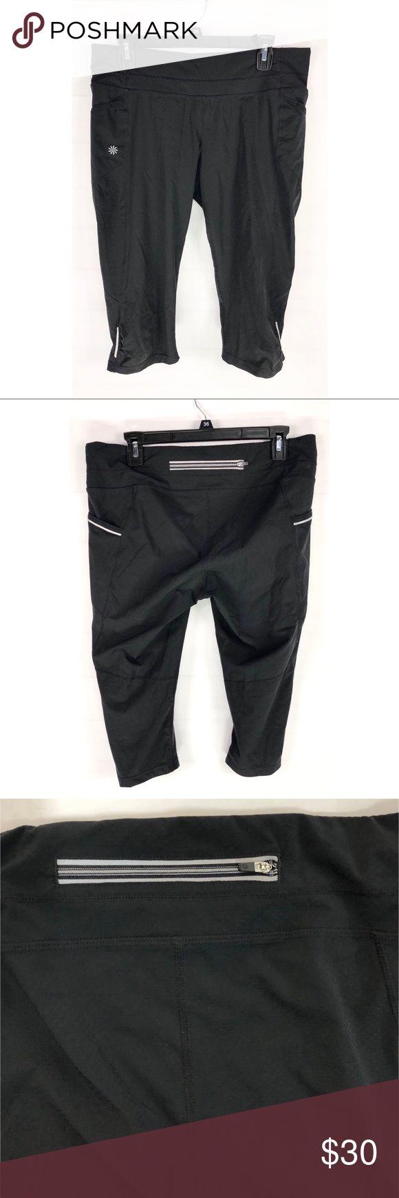 "Athleta Womens Capri Pants Black Ruched Side Lg Athleta Womens Capri Crop Pants Size Large Black Ruched, Side & Back Pockets   • Waist: 16"" • Inseam: 16.5"" • Leg opening: 6.5""  B43 Athleta Pants Capris"