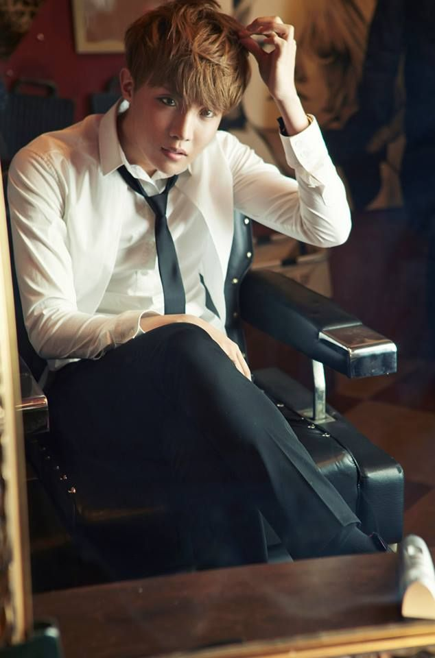 Bangtan Boys (BTS) Skool Luv Affair: 2nd. Mini Album (2014.02.12) Bangtan Boys (BTS)'s J Hope