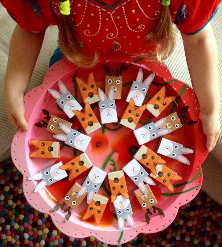 Een rozijnen traktatie is all-time favoriet bij de kinderen (en de juffen!). Ze zijn gezond en toch lekker zoet. Deze gratis printable maak ze extra leuk