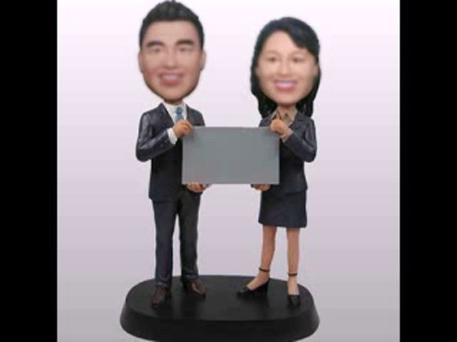 get related information about how to make your own bobbleheads from www.likenessme.com !Likenessme will show you more styles about custom bobbleheads !