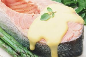 8 Classic Sauce Recipes for Your Favorite Seafood Dishes: Hollandaise Sauce…
