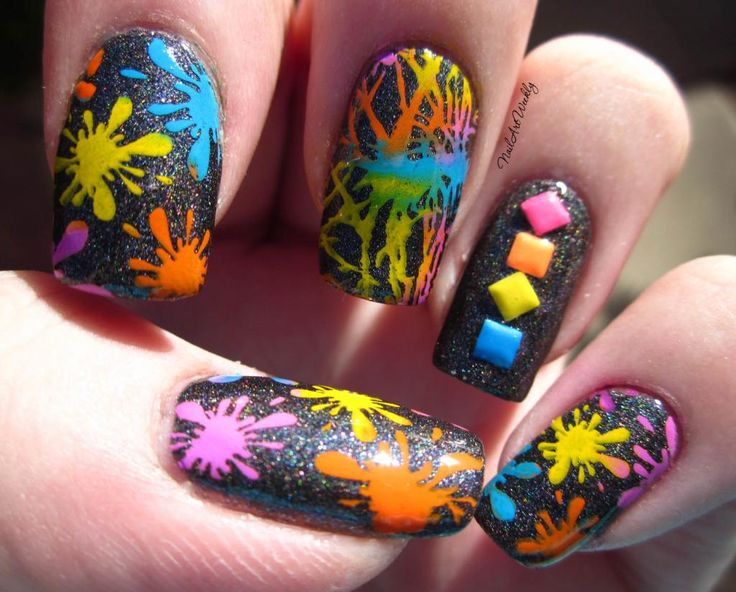 Splatters nail art design.