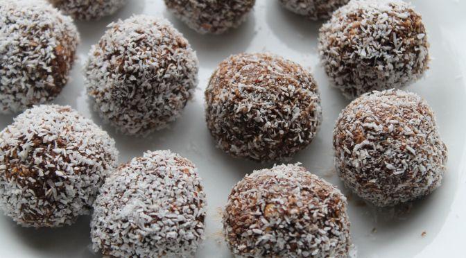 Paleo Raw Chocolate Brownie Bites. Sugar-free, grain-free, dairy-free, vegan. Can be made nut-free.