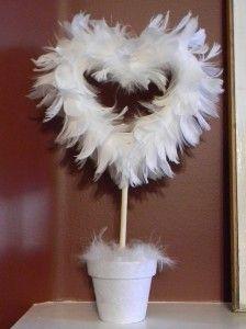 Feather topiary: Plants Decor, Valentines Ideas, Feathers Crafts, Dove Feathers, Feathers Topiaries, Feathers Wreaths, Feathers Heart, Heart Topiaries, Topiaries Ideas