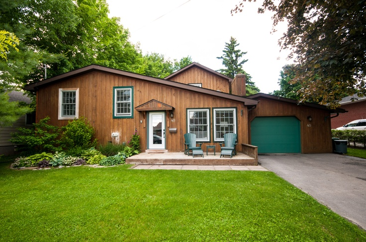 40 Point Crescent - Kingston  MLS#13605509  What an incredible home!! Absolutely gorgeous!