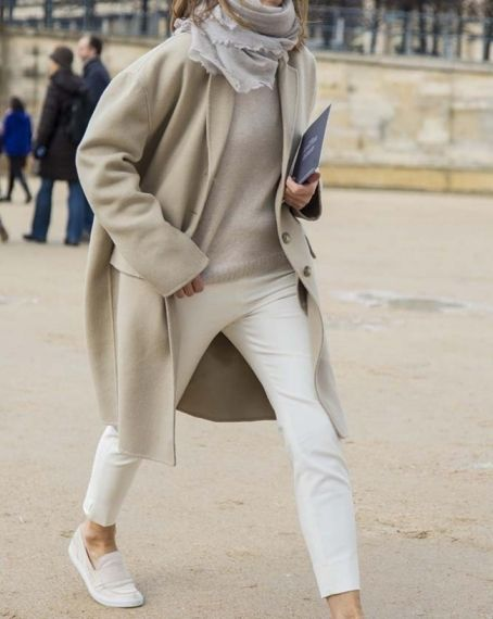 neutrals. Paris.