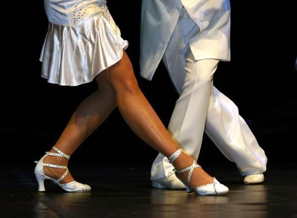 Las mejores discotecas para bailar bachata en Madrid    #madrid #bachata #latina #nightlife #fiesta