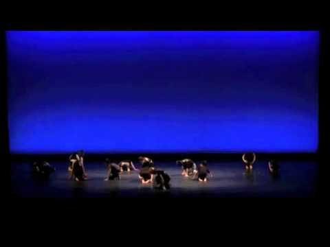 山本洋子主宰ダンススタジオpep 5thコンサート Alice。レディーガガのバッドロマンスにのせて。モダンダンス作品。  Choreographed by Yoko Yamamoto, head of dance studio pep. With Bad Romance by Lady Gaga. modern dance piece.