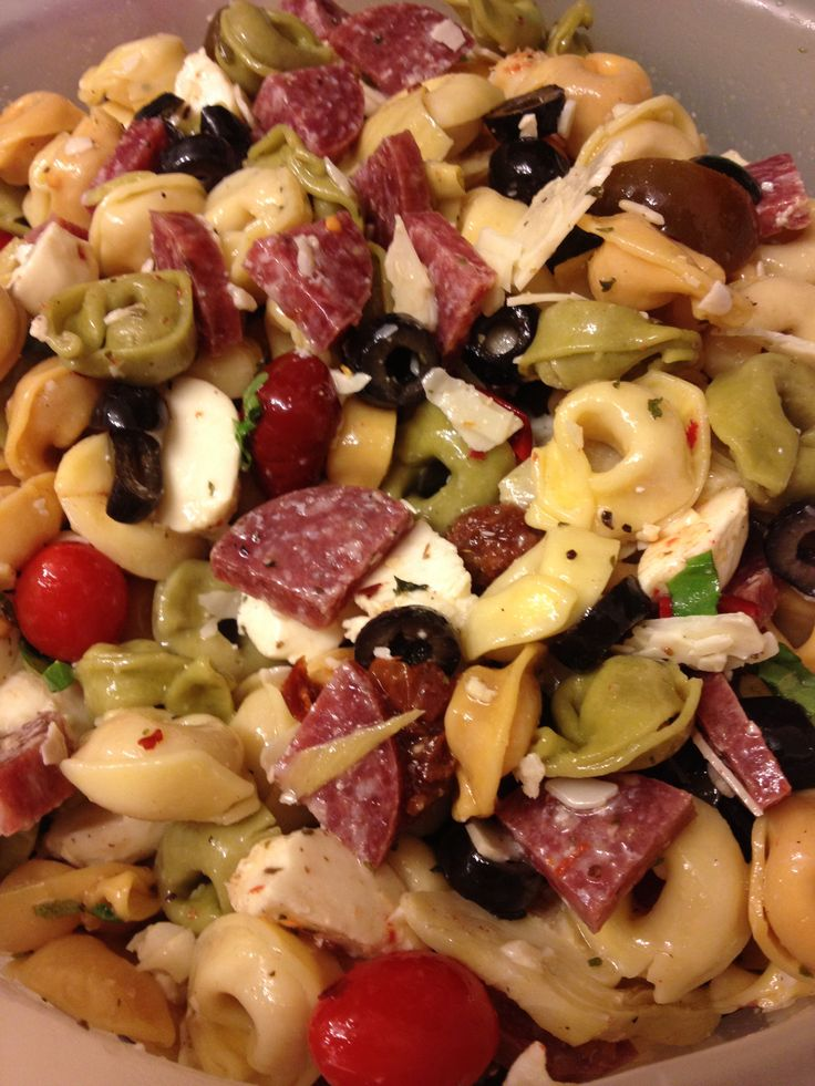 Tortellini Pasta Salad, Artichokes Heart, Dried Tomatoes, Salad Fresh ...