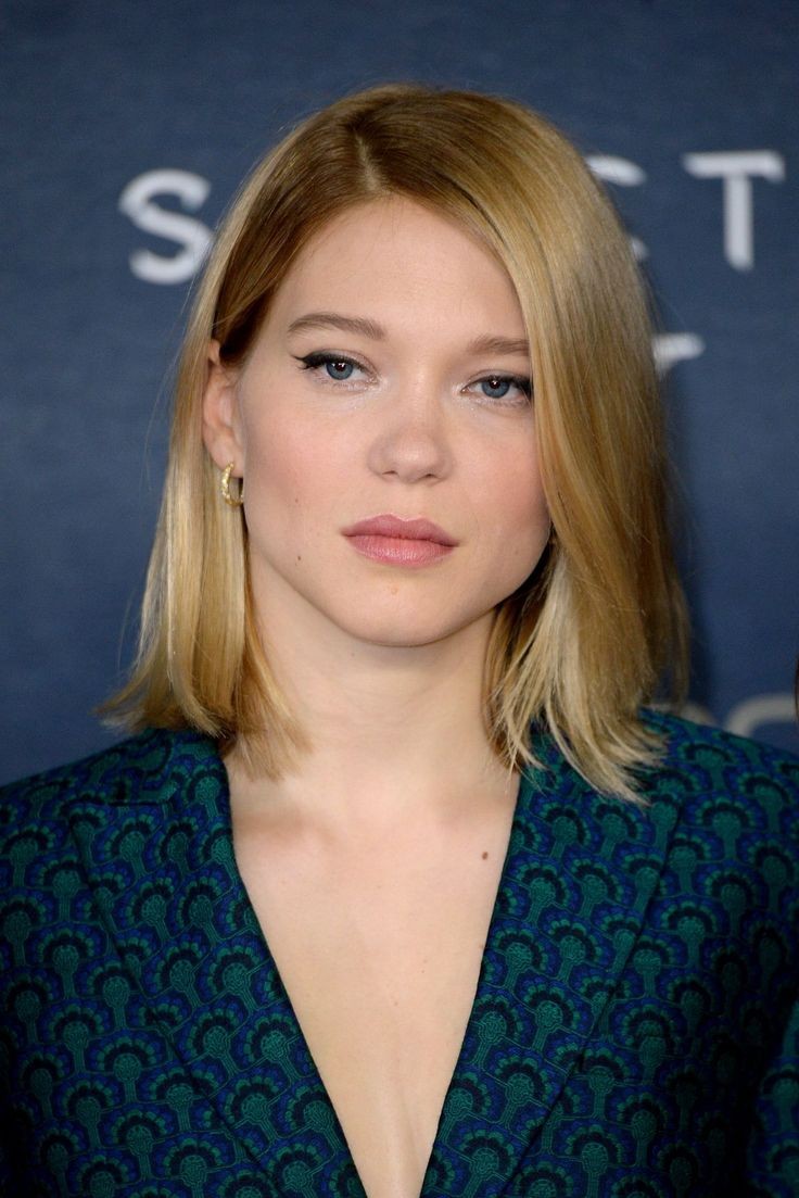 Lea Seydoux attends the Photocall for 'Spectre' at the Corinthia Hotel http://celebs-life.com/lea-seydoux-attends-the-photocall-for-spectre-at-the-corinthia-hotel/  #leaseydoux