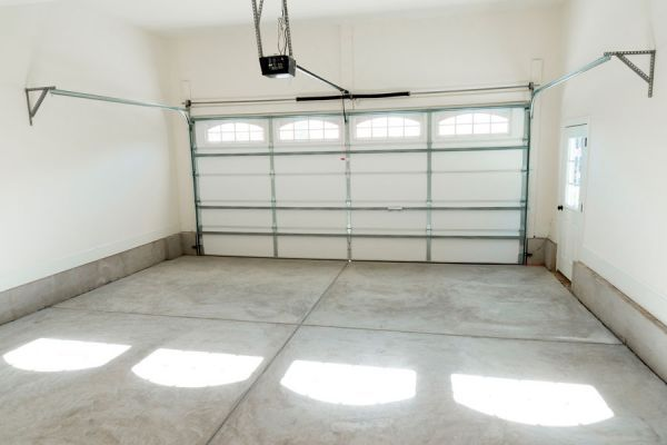 ***¿Cómo Limpiar el Aceite del Piso de Cemento?*** ¿Sacaste el auto de la cochera y notaste el piso del garage con manchas de aceite?. No te preocupes, tenemos la solución para quitarlas....SIGUE LEYENDO EN..... http://comohacerpara.com/limpiar-el-aceite-del-piso-de-cemento_681h.html