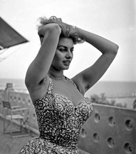 Sophia Loren Exposed Hairy Armpits Hairy Armpits