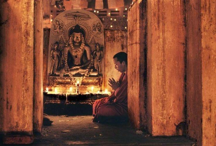 Létezik az isteni kegyelem, a Guru kegye és a saját magaddal szembeni kegyesség... http://soulonefonix.blogspot.com/2015/02/letezik-az-isteni-kegyelem-guru-kegye.html