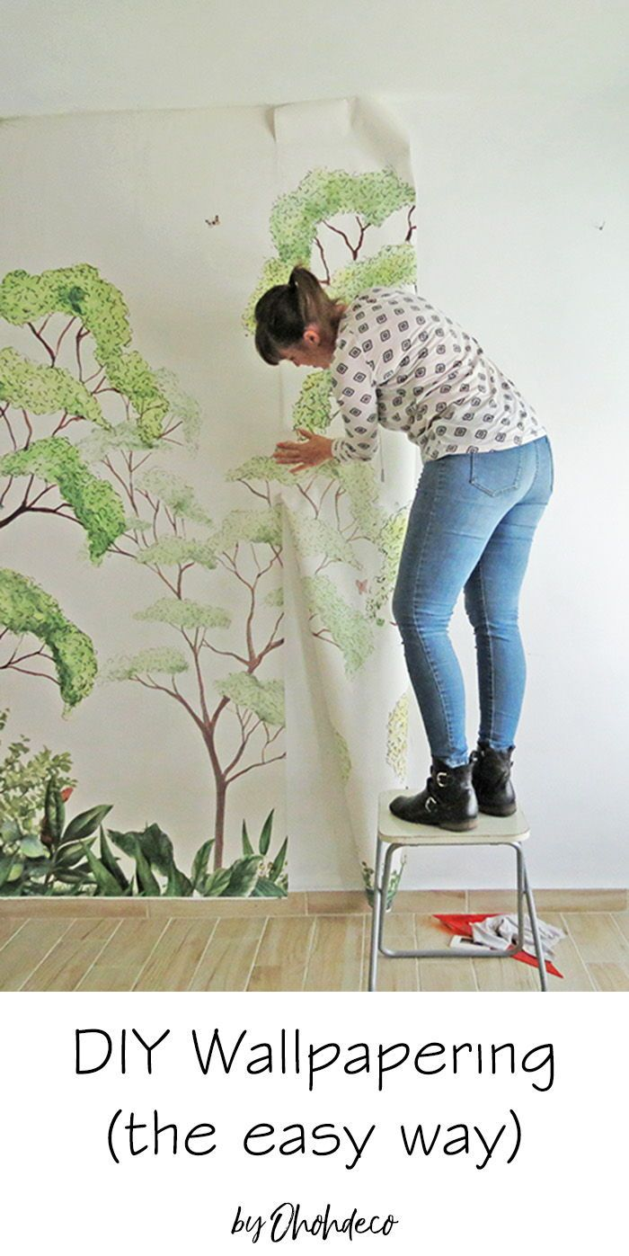 How To Wallpaper The Easy Way Ohoh Deco How To Hang Wallpaper Diy Porch Decor Wallpapering Tips