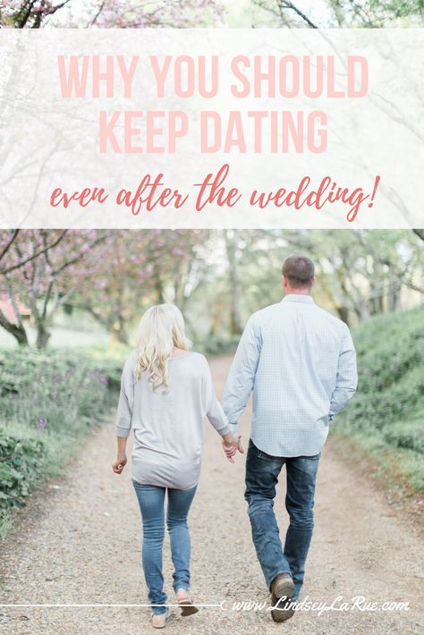 should i keep dating my boyfriend Last week, i discovered that my bf of 5 yrs is on a dating site called plenty of fish about three weeks ago, we went through a huge fight and even took a week off but we got back together and i thought we were on our way to work things out.