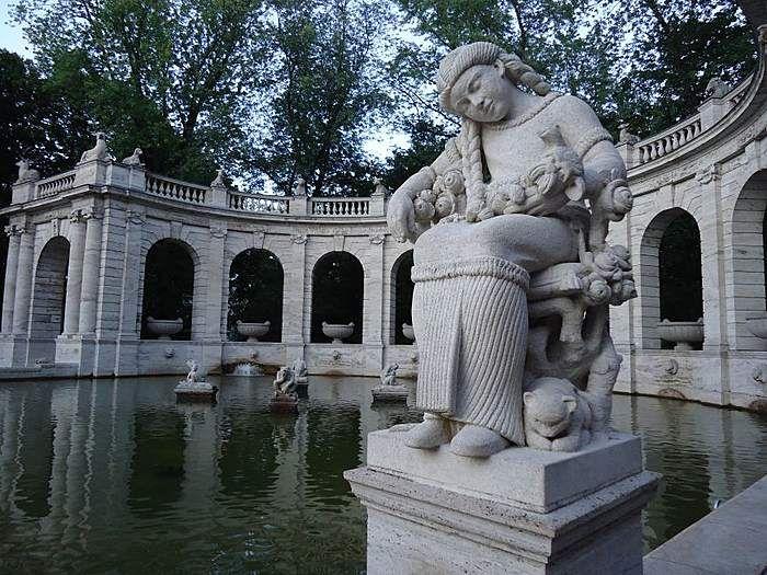 Märchenbrunnen im Volkspark Friedrichshain Berlin