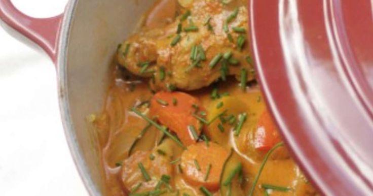 Poulet mijoté aux saveurs indiennes. . La recette par Crumbles et Cassonade.