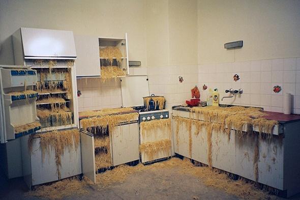 marlene haring 39 s heute bleibt die k che kalt wir gehen in den wienerwald today the kitchen 39 s. Black Bedroom Furniture Sets. Home Design Ideas