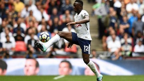 Tottenhams Wanyama out for weeks with knee injury