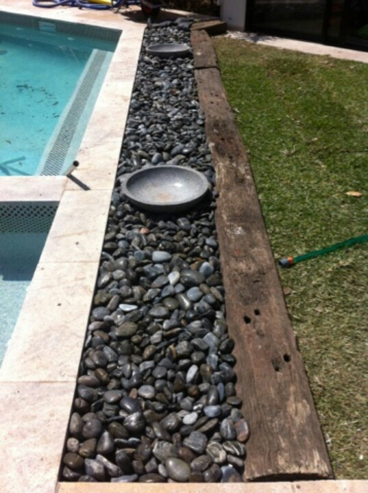 M8 International Polished Natural Black Pebbles