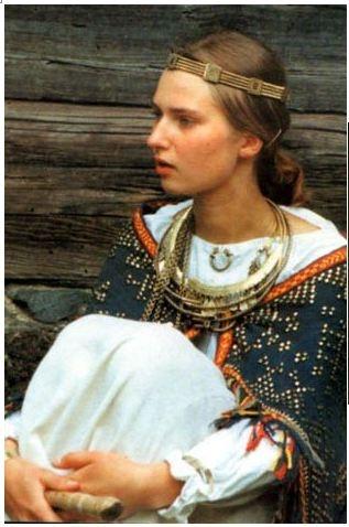 Latvian Women Across Three Generations