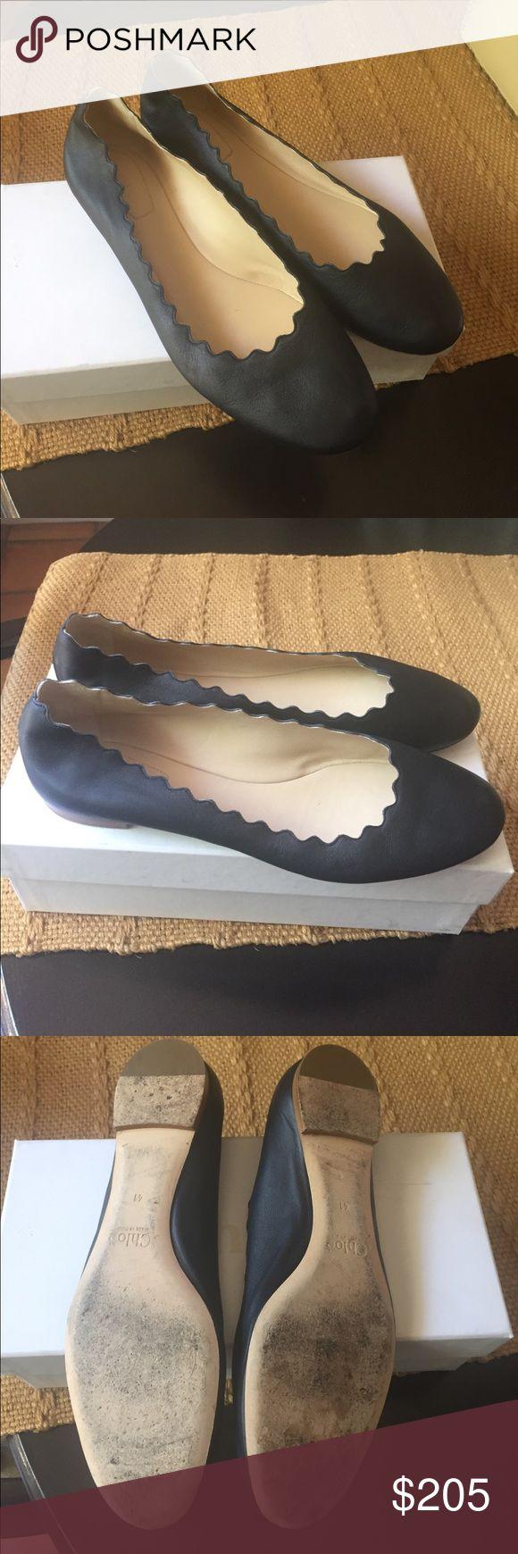 Chloe navy ballet flat Really pretty deep navy scalloped ballet flat Chloe Shoes Flats & Loafers