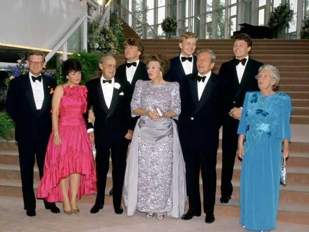 ANP Historisch Archief Community - Zilveren Huwelijk-koninklijke Familie-ballet