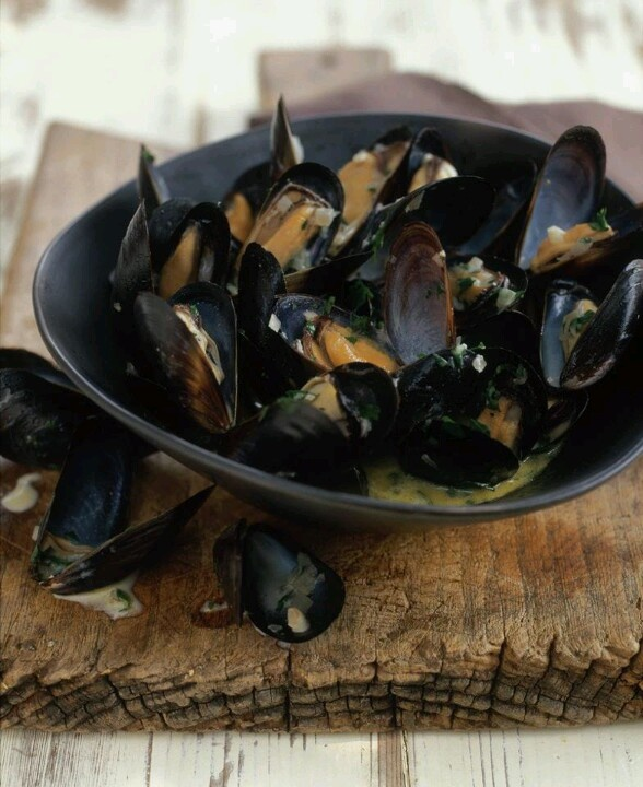 Steamed mussels | Healthful | Pinterest