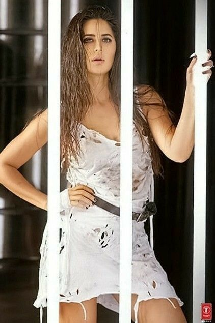 Porn picture katrina kaif hot push sex images old young sex