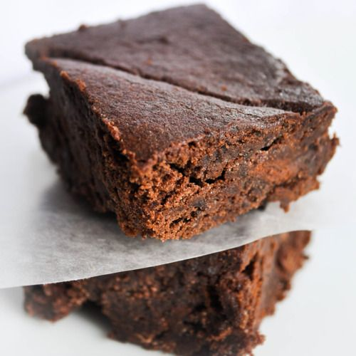 Gluten-Free Black Bean Brownies: at $0.38 a pop, these are delectably ...