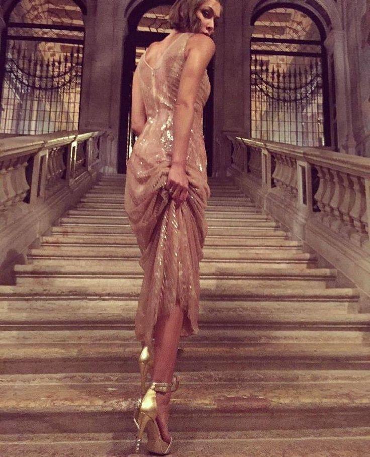 Reptilia Golden, snake, heel, swarovski,gala, elegant, special event, shiny dress, glitter, palace, stairs, celebrity, Lamperti Milano