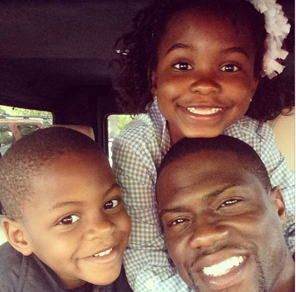 Kevin Hart with his kids
