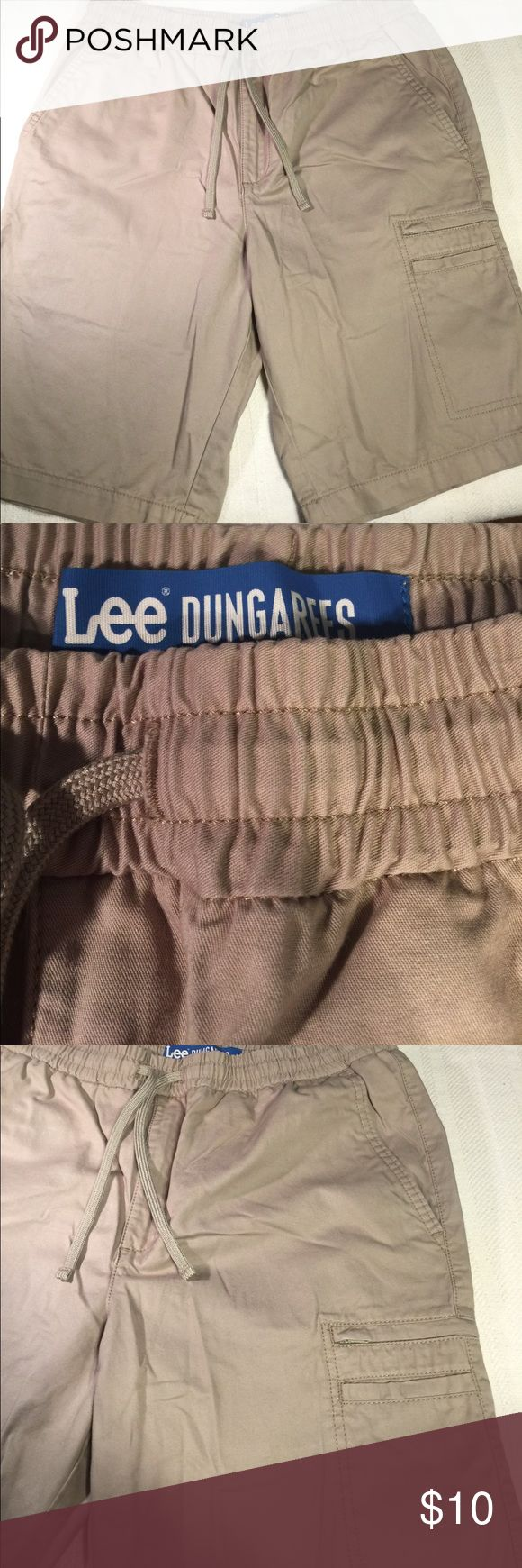 Beige shorts In very good condition! No stains or rips! Lee Dungarees Shorts Cargo