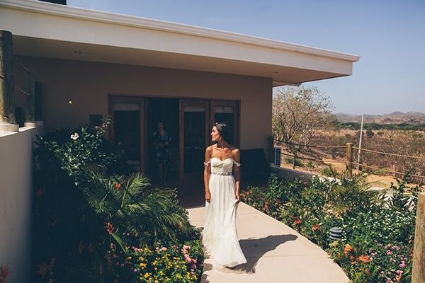 Rustic Nicaragua Destination Wedding by Parker Young Photography - Wedding Party