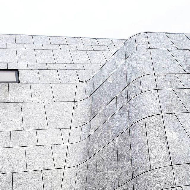 👁 #wall #stone #arcitecture #art #creativity #city #citylife #instagood #instadayly #pictureoftheday #stonewall #feedspo